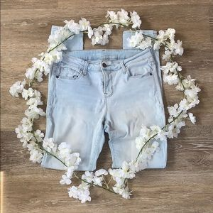🦋 Old Navy | Rockstar Mid-rise Light Jeans